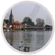 Marlow By The River Thames Round Beach Towel