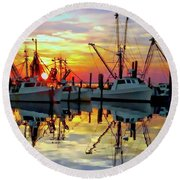 Marshallberg Harbor Sunset Round Beach Towel