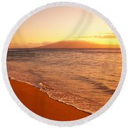 Maui, Hazy Orange Sunset Round Beach Towel