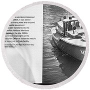 Mb 172 Epic Lass Information Round Beach Towel