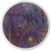 Meandering Acquiescence Round Beach Towel