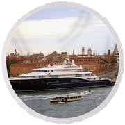 Mega Luxury Yacht The Carinthia Vll In Venice, Italy Round Beach Towel