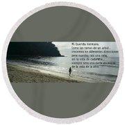Mensaje A Una Hermana  Round Beach Towel