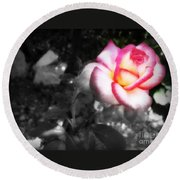 Mi Rosa Round Beach Towel