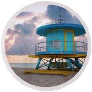 Miami Lifeguard Cabin At Sunrise Round Beach Towel