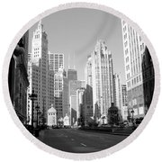 Michigan Ave Wide B-w Round Beach Towel