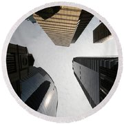 Middle Of The City Round Beach Towel
