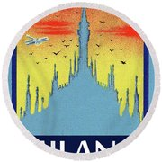 Milan Cathedral, Italy Round Beach Towel