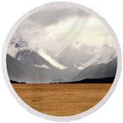 Milford Sound Mountains On South Island New Zealand Round Beach Towel