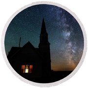 Milky Way And Old Church Round Beach Towel
