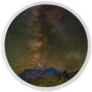 Milky Way Over Mount St Helens Round Beach Towel
