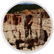 Mind Blowing Bryce Canyon View Round Beach Towel