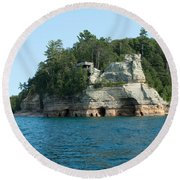 Miner's Castle On The Water Round Beach Towel