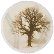 Minimal Winter Tree Round Beach Towel