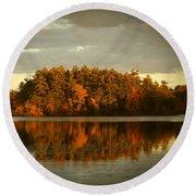 Mirror Lake Image Of Fall Round Beach Towel