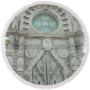 Mission Inn Chapel Door Round Beach Towel