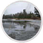 Mississippi River Ice Flow Round Beach Towel