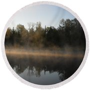 Mississippi River Smooth Reflection Round Beach Towel