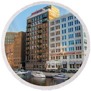 Mke River Twilight Round Beach Towel