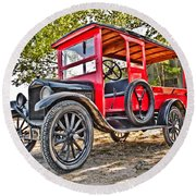 Model T Delivery Round Beach Towel