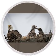 Mom And Little Eaglets Round Beach Towel
