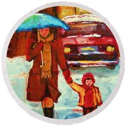Moms Blue Umbrella Round Beach Towel
