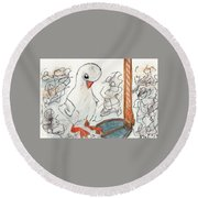 Duckling At Mom's Feet Round Beach Towel