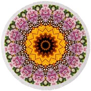Monarch Butterfly On Milkweed Kaleidoscope Round Beach Towel