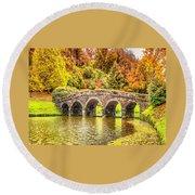 Monetcalia Catus 1 No. 9 - Monet Decides To Paint The Arched Bridge At Stourhead. L A S Round Beach Towel