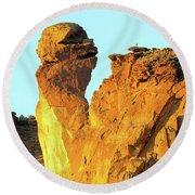 Monkey Face Pillar At Smith Rock Round Beach Towel