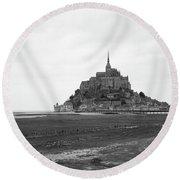 Mont Saint Michel Black And White Round Beach Towel