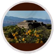 Monte Alban 4 Round Beach Towel