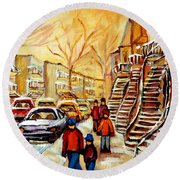Montreal City Scene In Winter Round Beach Towel