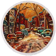 Montreal Streets In Winter Round Beach Towel