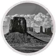 Monument Valley In Black And White  Round Beach Towel