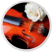 Moody Violin And Rose  Round Beach Towel