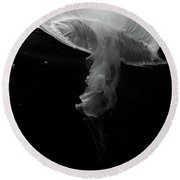 Moon Jellyfish In Bw Round Beach Towel