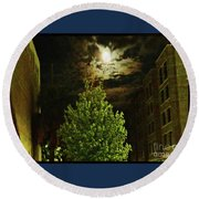 Moon On Fire Over Downtown Savannah Round Beach Towel