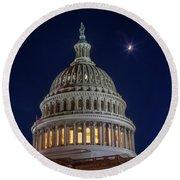 Moon Over The Washington Capitol Building Round Beach Towel