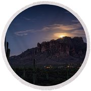 Moonrise Over The Superstitions Round Beach Towel