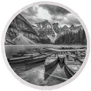 Moraine Lake In Black And White Round Beach Towel