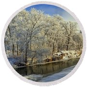 Morning Icing Along The Creek Round Beach Towel