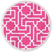 Moroccan Key With Border In French Pink Round Beach Towel