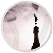 Moroni Silhouette Over Louisville Round Beach Towel