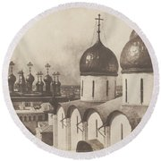Moscow, Domes Of Churches In The Kremlin Round Beach Towel