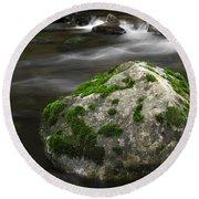 Mossy Boulder In Mountain Stream Round Beach Towel
