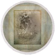 Mother And Child Reunion Vintage Frame Round Beach Towel