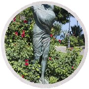 Mother Child Statue Round Beach Towel
