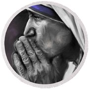 Mother Teresa Of Calcutta Round Beach Towel