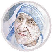 Mother Theresa Round Beach Towel